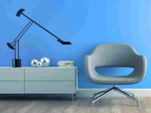 https://akldecor.com/wp-content/uploads/2017/05/image-chair-blue-wall-640x480.jpg